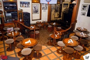 1000 oaks pub pune