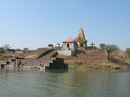 Historical places near pune-Tulapur